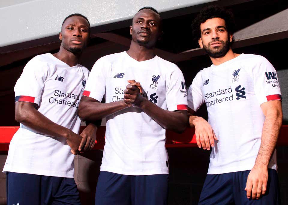 «Ливерпуль» представил гостевую форму на новый сезон