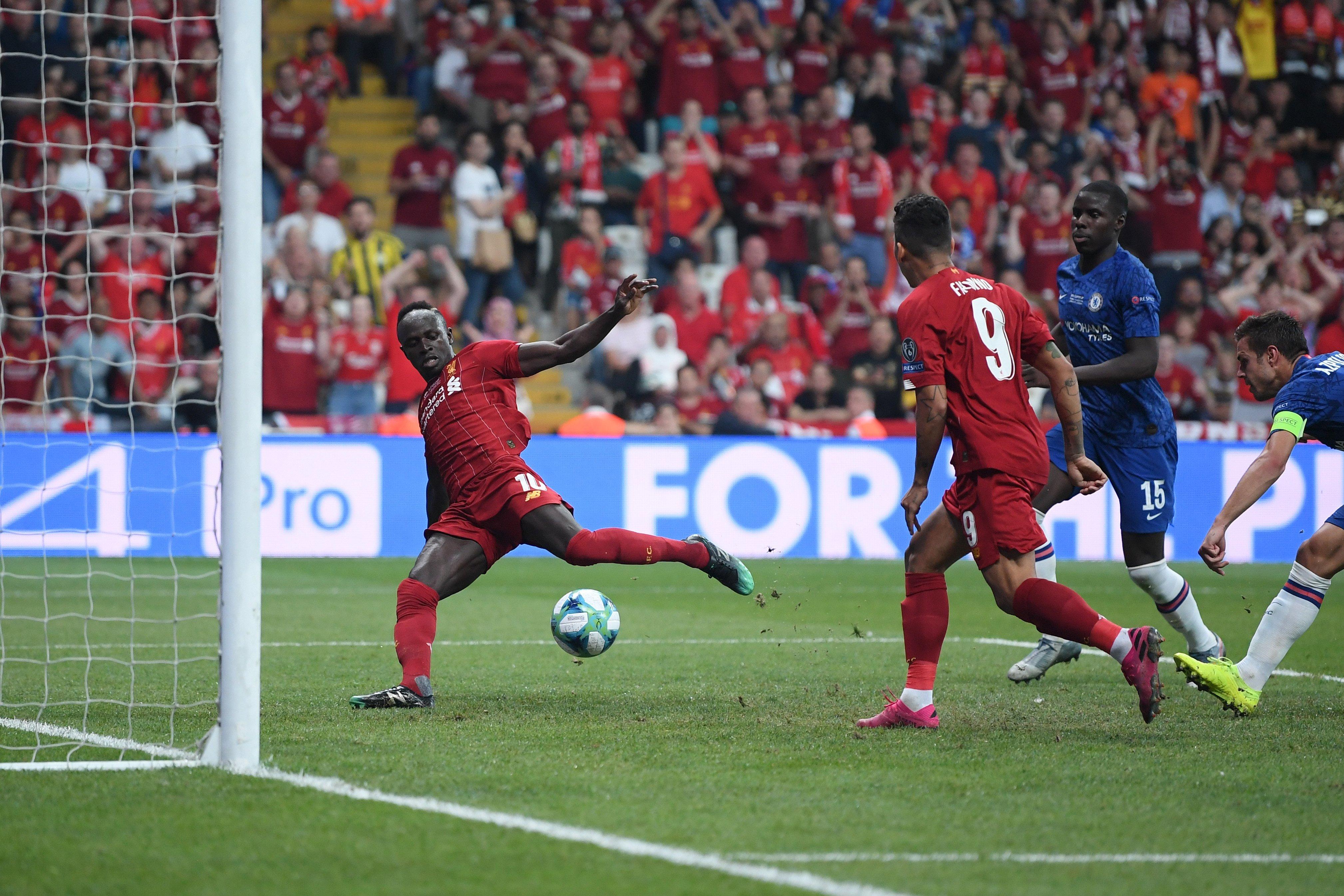 Садио Мане сделал дубль в матче за Суперкубок