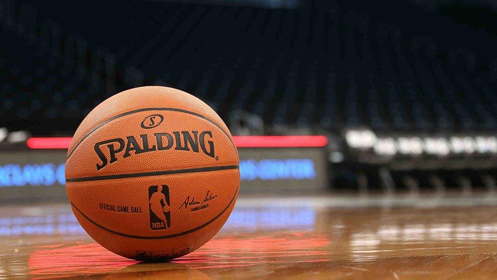 Действующий чемпион НБА «Торонто» победил «Нью-Орлеан» в первом матче нового сезона