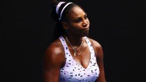Серена Уильямс сообщила о травме плеча за три дня до старта Australian Open