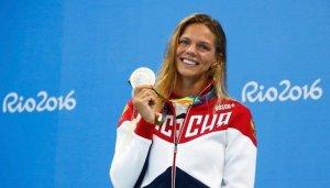 Юлия Ефимова в рамках челленджа 10 раз отжалась в бикини. Видео