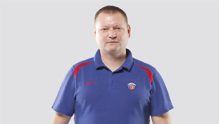 Роман Абжелилов