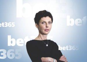 Леди из Bet365 заработала 10 млрд долларов на онлайн-ставках и привела БК в Россию. Рассказываем о Дениз Коутс