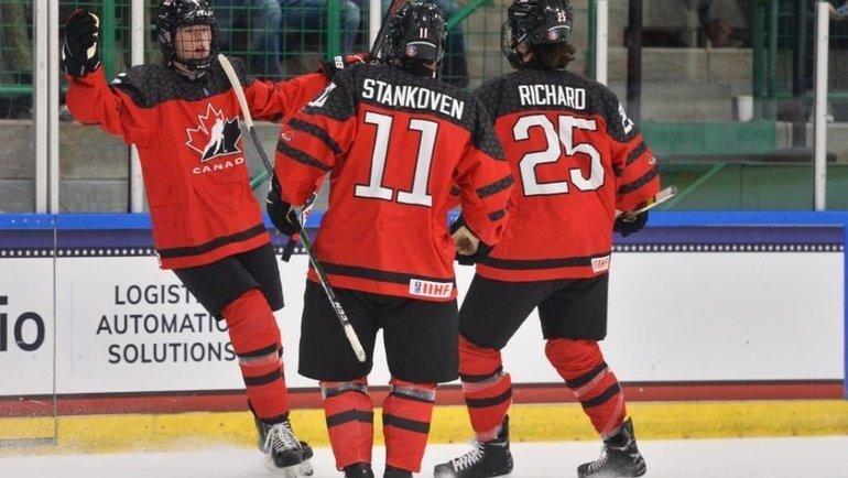 Юниорская сборная Канады по хоккею победила Швецию и вышла в финал чемпионата мира