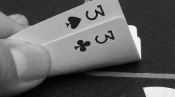 Три е на Късмет в bet365 Покер