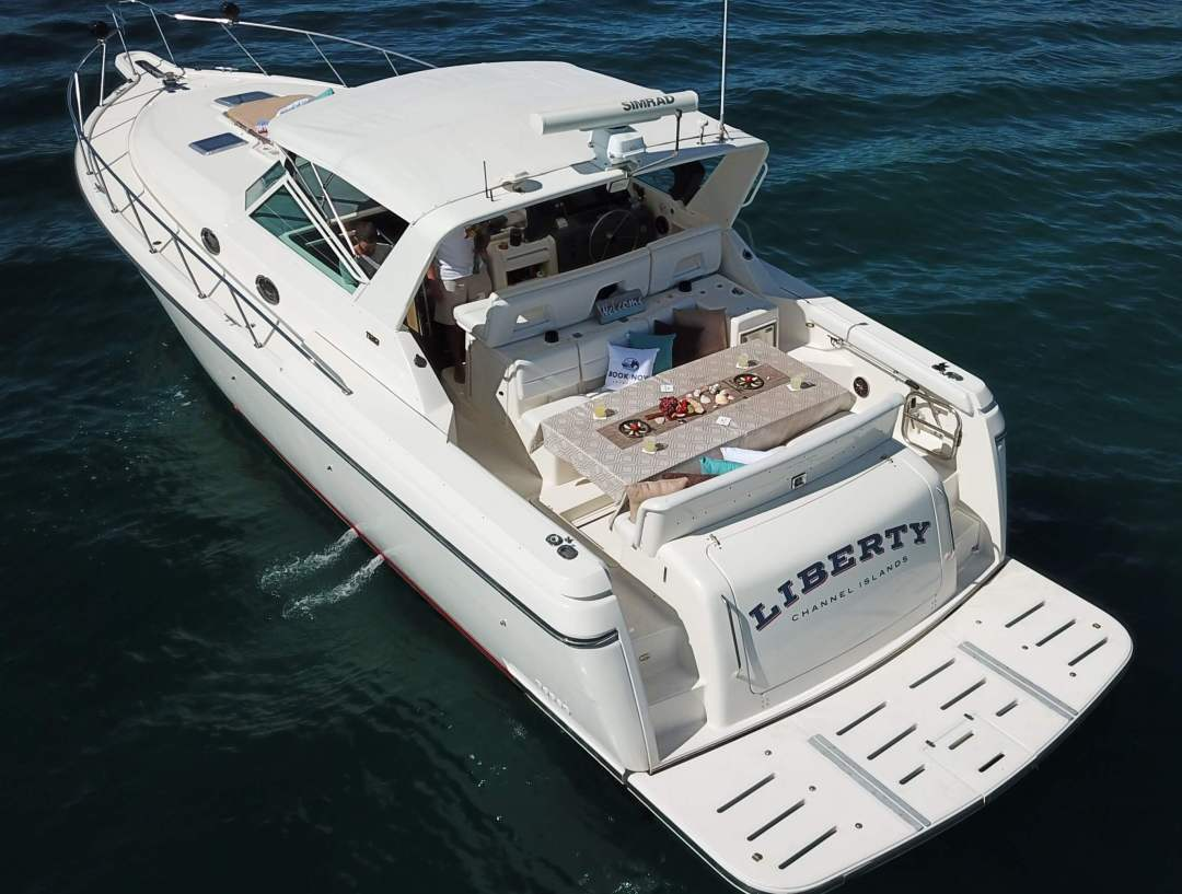 Book Now Liberty Yacht