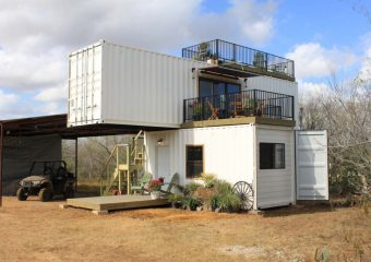 Container house in Texas by Backcountry Containers