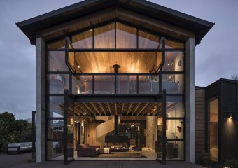 Anzac Bay House, Auckland, New Zealand by Vaughn McQuarrie