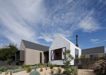 Seaview Avenue Residence, Barwon Heads, VIC, Australia by Jackson Clements Burrows Architects