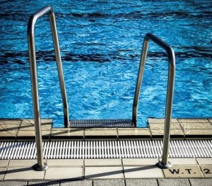 Best pool - The autobiography of a swimming pool