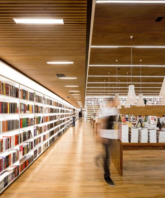 Cultura Bookstore - Studio MK27 1