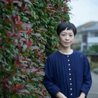 『育てて、紡ぐ。暮らしの根っこ』作家・小川糸さんが軽やかに心地よく暮らすための習慣や愛用品を紹介