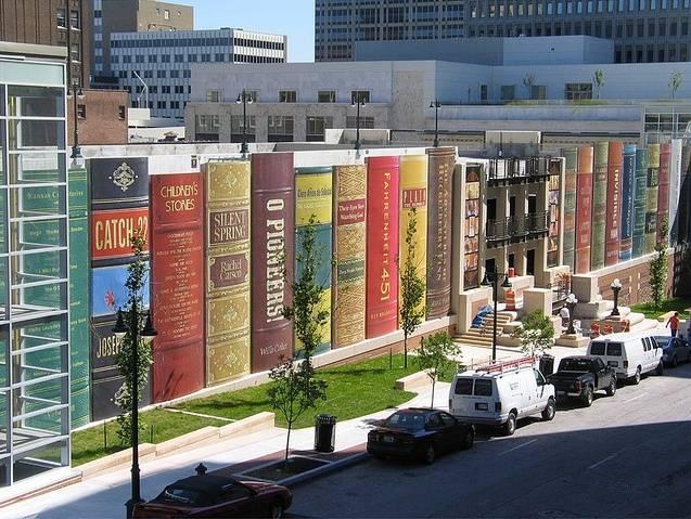 KC library parking garage