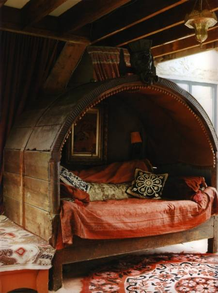 hobbit reading nook