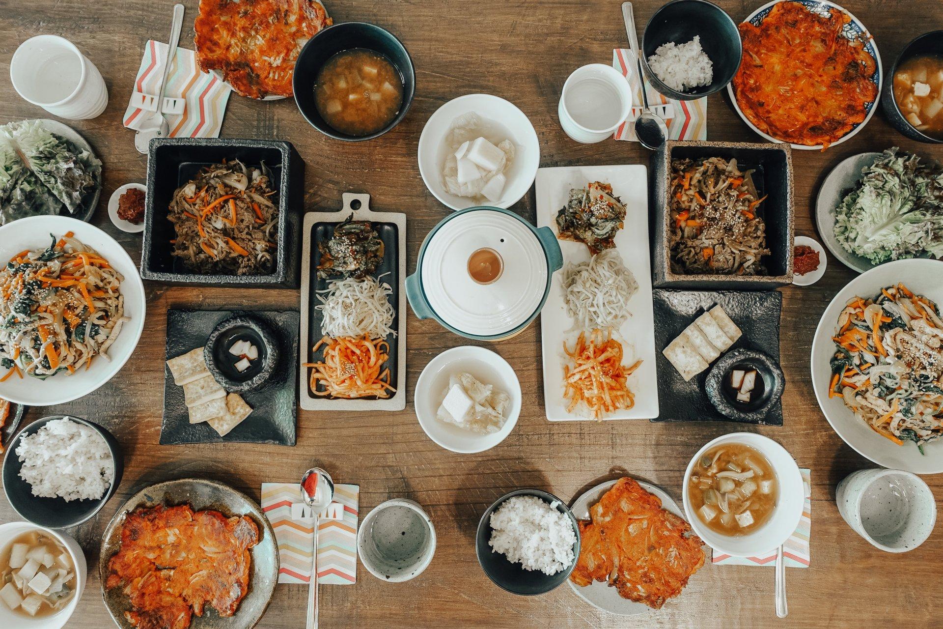 Hogan's Cooking Class Airbnb/ Korean Food