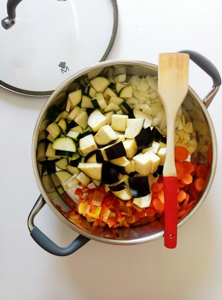 Harvest Veggie Stew with Quinoa | booksandlavender.com