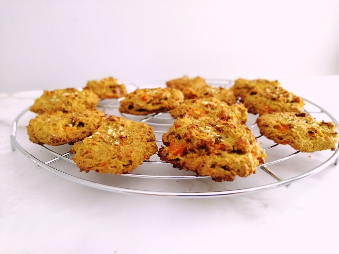 No-Sugar Veggie Cookies | booksandlavender.com