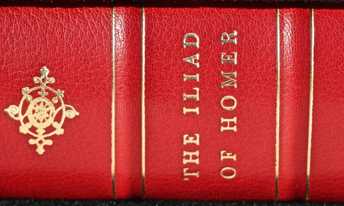 The Iliad, Limited Editions Club, Macro of Spine