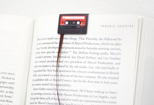 cassette-tape-bookmarks