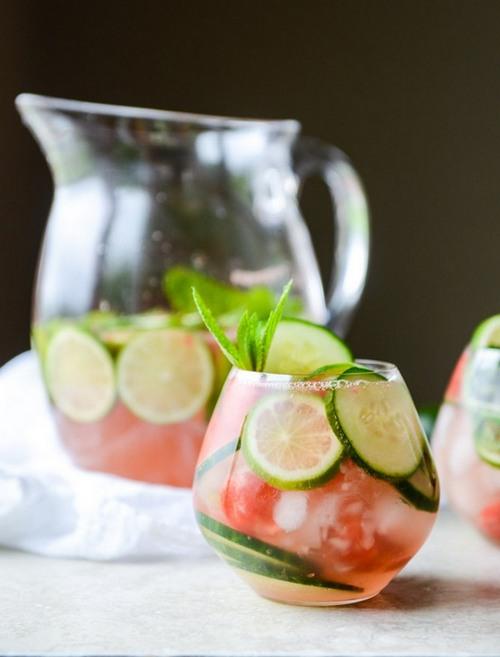 cucumber-sangria-I-howsweeteats_com-7