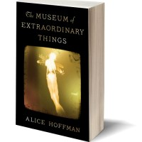 History & Mystery: THE MUSEUM OF EXTRAORDINARY THINGS by Alice Hoffman – Review