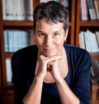 Cristina De Stefano - Biografia