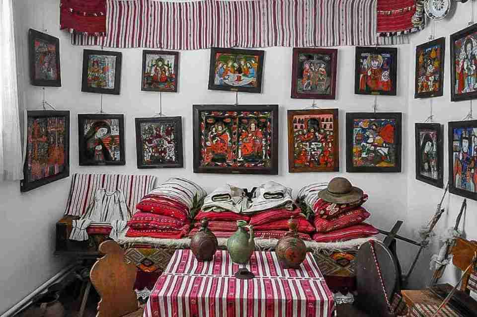 Traditional room sibiel