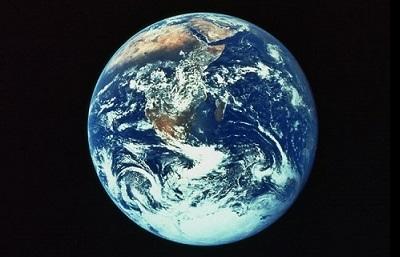 地球は青かった!