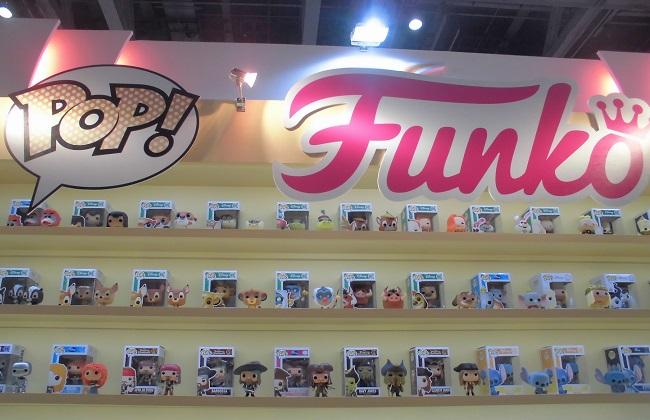 Hot Toysブース …「東京おもちゃショー2016」より