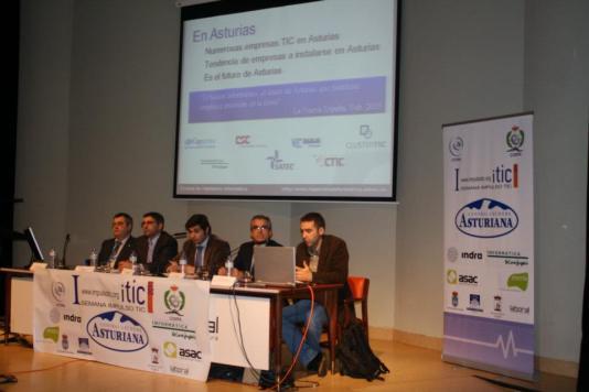 Jornada de Educación de la I Semana Impulso TIC 2011 en la Universidad Laboral de Gijón