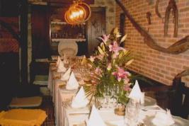 Mesa colocada para comida de Pedida de mano