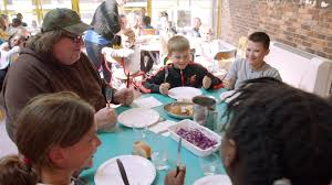 Perhaps that's why French children are so well-behaved in restaurants. Learning proper manners in the home is reinforced by being served healthy meals with .... in school cafeterias.