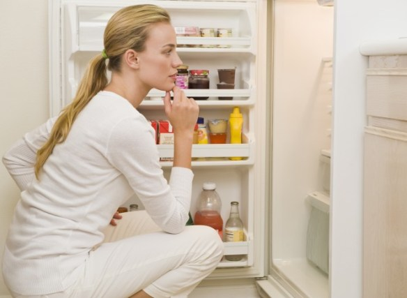 Six Rules Guaranteed To Avoid Mindless Eating and Curb Calories