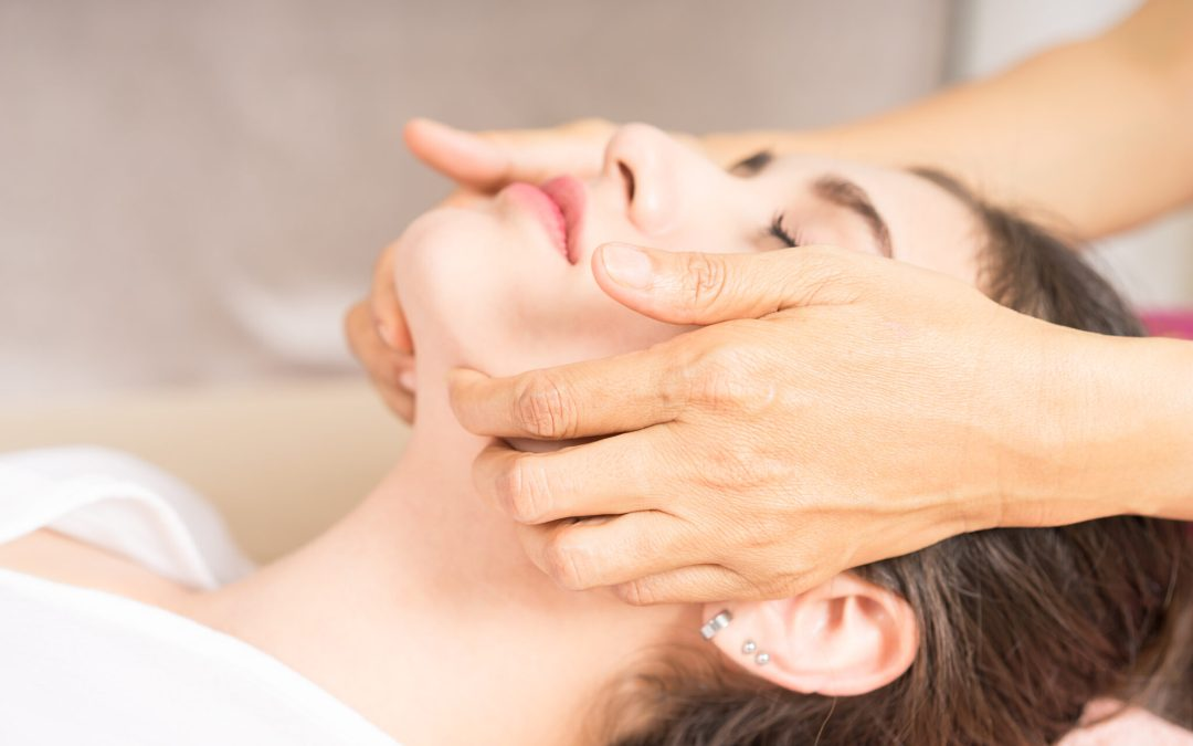 New Facial Massage workshop on Tuesday 19.02 at 19h00 by Maison Ito, the first wellness salon in Zürich dedicated to your facial skin health
