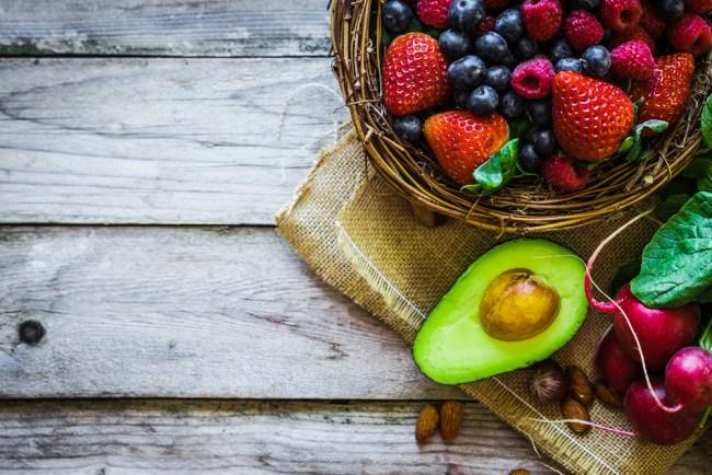 Avocado e lamponi per ridurre il girovita