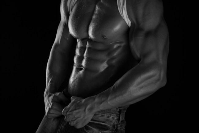 I workout di Calum Von Moger – braccia e addominali