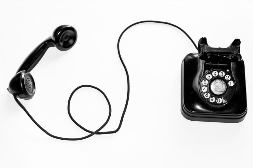 Inside Sales Article - Old School Phone