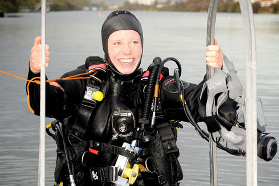 FIRST FEMALE CLEARANCE DIVER