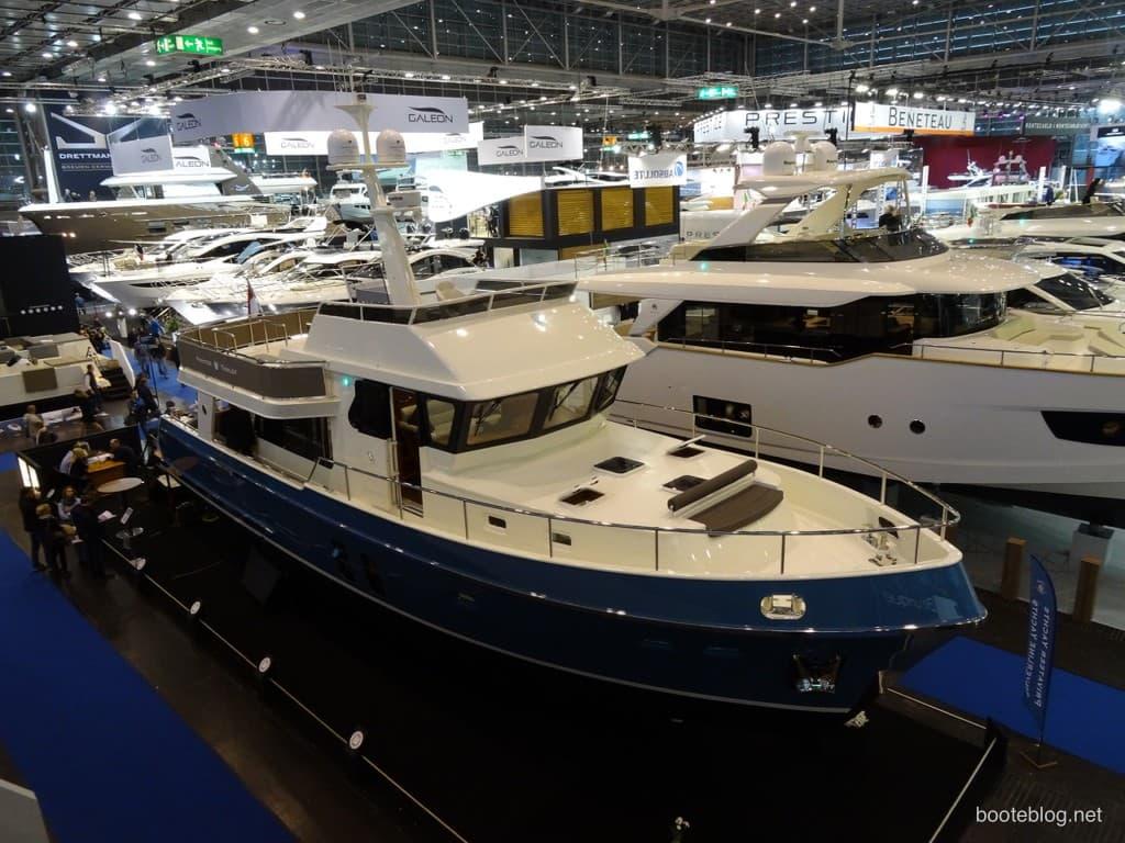 Privateer Yachts Trawler 54 auf der boot 2015