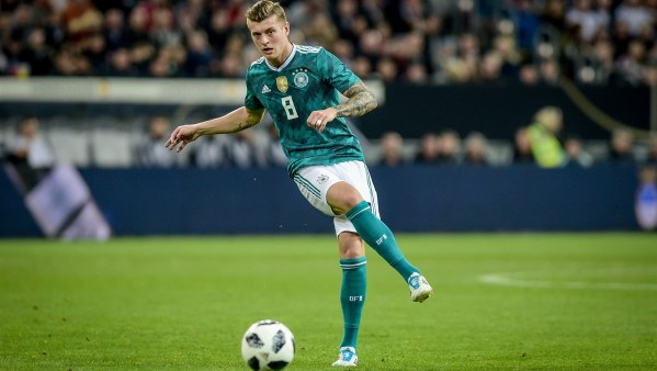 Why Older Players Stick to Old Football Boots - Toni Kroos