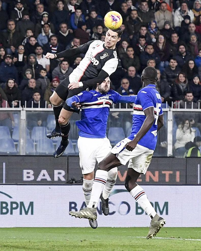 ronaldo leap headed goal sampdoria