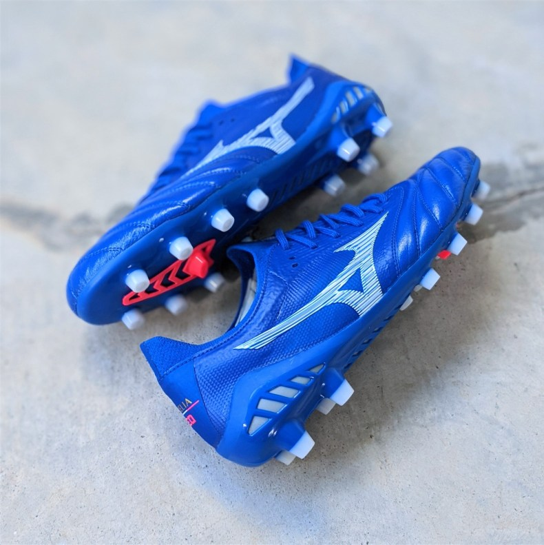 Footbal boots upgrade - Mizuno Morelia Neo 3 Beta Japan review football boots soccer cleats