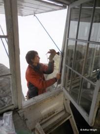 Repairing shutter support