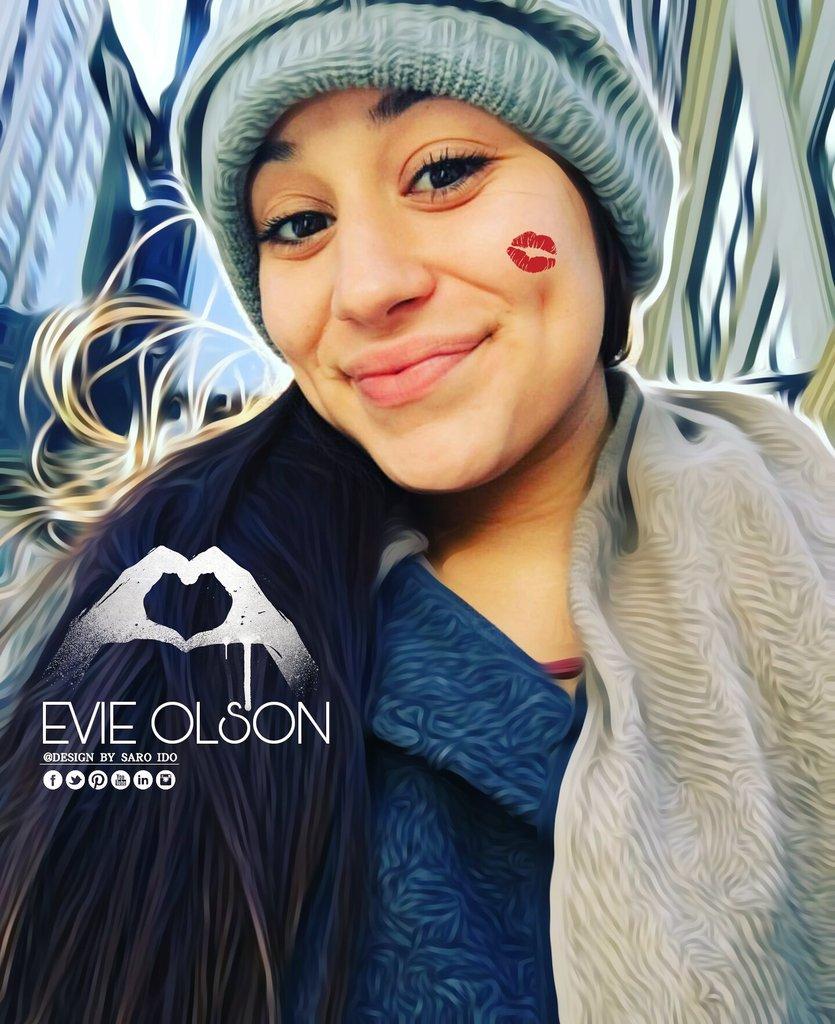 Evie Olsons Hot Selfies (NSFW) | BootymotionTV