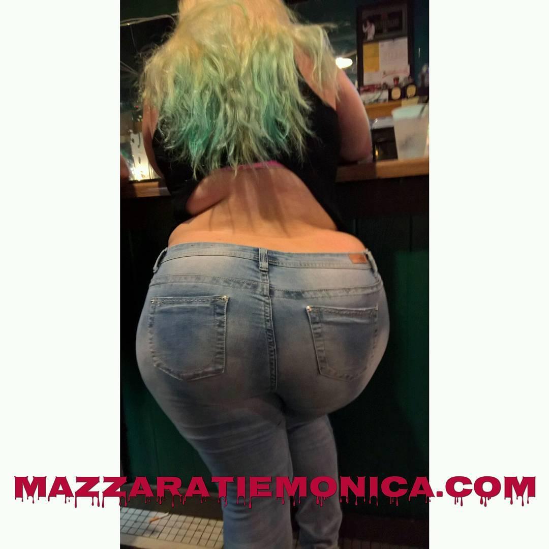 Mazzaratie monica n miss lingling getting nasty licking bush 6