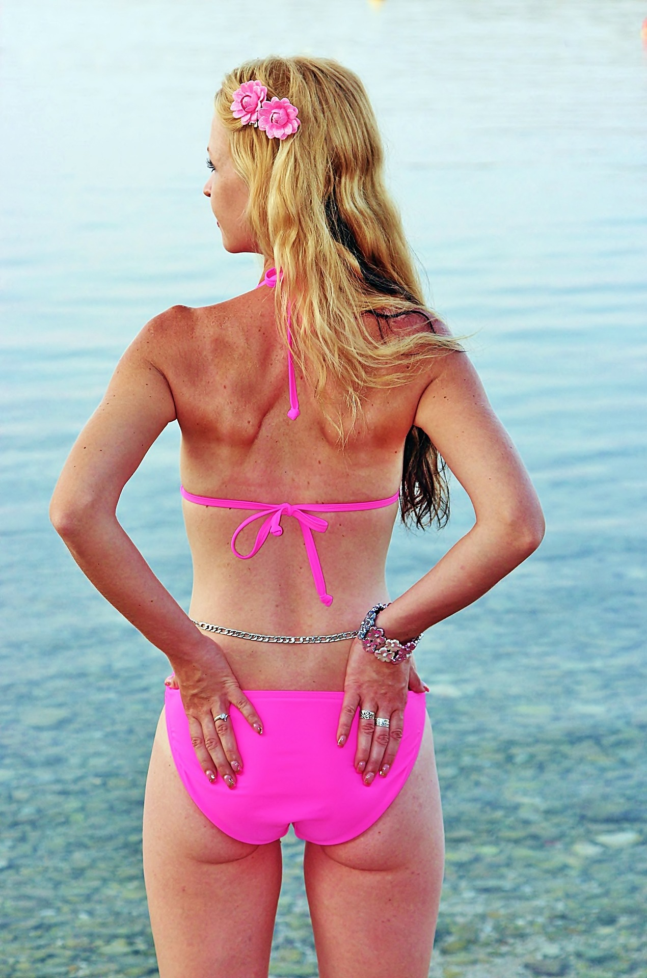 Bikini Buns   New At home Butt Shaping System  Image of blonde woman 1357314 1920