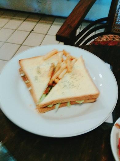 Tuna Sanwich (30k)