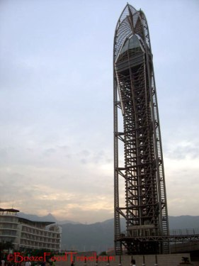 The wishing tower at Dameisha, Shenzhen. I wish I could have more vacation days