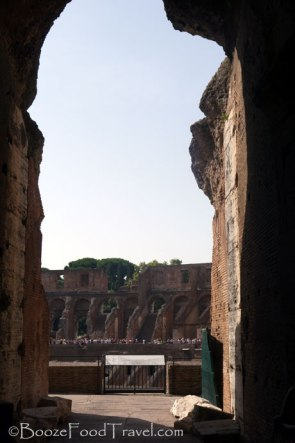 colosseum-entrance