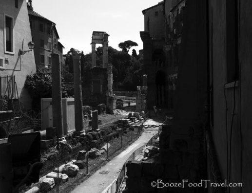 Path to the Roman Forum